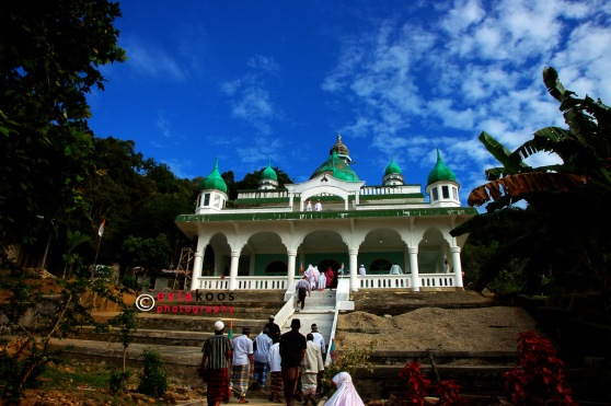 1. Masjid kampung Tarak.