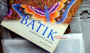3. Batik. Fabled Cloth of Java by Inger McCabe Elliott.