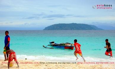 Pantai Merpati, Tarak, Papua Barat